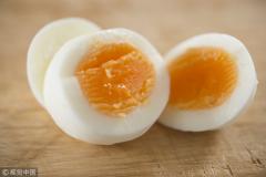 吃鸡蛋患心脏病、喝茶致贫血