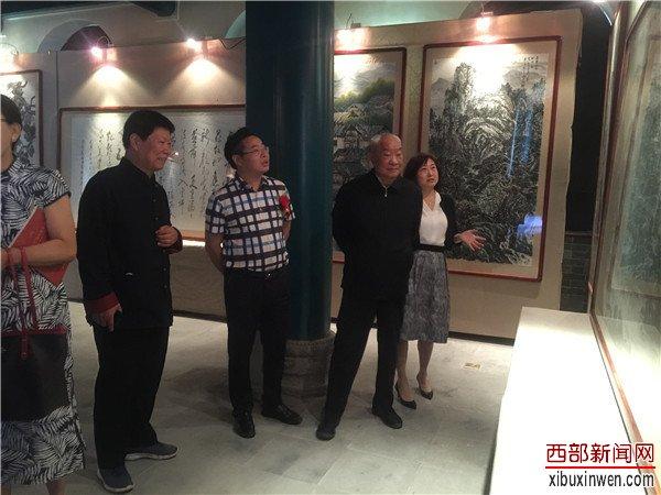 纪念延安文艺座谈会讲话发表77周年暨歌颂新时代精英书画展开幕